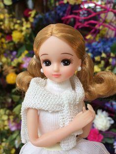 埋め込み画像 Doll Japan, Barbie World, Cute Dolls, Ball Jointed Dolls, Vintage Dolls, Bjd, Diy And Crafts, Disney Princess, Disney Characters