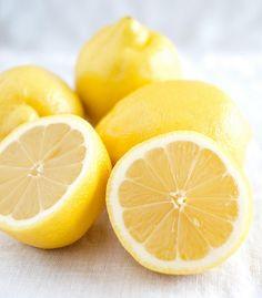 Lemon yellow. (minimallyinvasivenj @flickr) #yellow #lemon #citrus