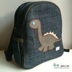 My Handmade Home: Dinosaur Backpack for J's First Day of Junior Kindergarten