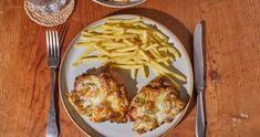 Sarkadi pecsenye recept | Street Kitchen Quesadilla, Mozzarella, Feta, Macaroni And Cheese, Chicken, Street, Ethnic Recipes, Kitchen, Mac And Cheese