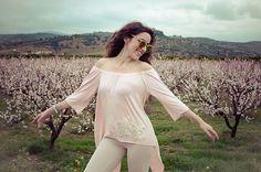 Have a #blossom week  tap for details  #lookbook #lovefashiongr #lovefashiontravels #roadtrip #nafplio #almondtrees #pink #pinkworld #fiafashion #streetstyle #style #stylish #followme #fashion #fashionblog #fashionblogger #greekbloggers #ootd #sotd #regaliscollection #tb