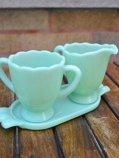 Jadeite Cream and Sugar Set with Tray- love these