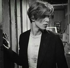 The Man Who Fell to Earth, David Bowie. He's so beautiful =) Has the voice of an angel. They used to say that about Frank Sinatra. Honestly, Bowies' voice moves my heart unlike no other.