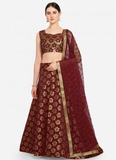 Pretty Maroon A Line Lehenga Choli Banarasi Lehenga, Party Wear Lehenga, Lehenga Choli Online, Net Saree, Elegant Saree, Traditional Sarees, Maroon Color, How To Dye Fabric, Ready To Wear