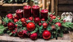 Wreaths & Arrangements - Flower Garden Cologne - Home Decoration Christmas Candles, Christmas Centerpieces, Christmas Decorations, Holiday Decor, Christmas Time, Christmas Crafts, Merry Christmas, Xmas, Table Violet