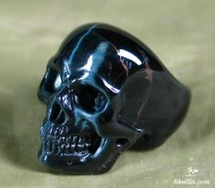 Blue Tiger's Eye Skull Ring - A bit dark and dangerous, but I like it! Tiger Eye Jewelry, Skull Jewelry, Gothic Jewelry, Jewelry Rings, Jewlery, Geek Jewelry, Skull Wedding Ring, Skull Engagement Ring, Blue Tigers Eye