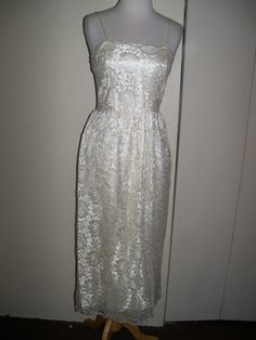 vintage lace spaghetti straps wedding dress $50