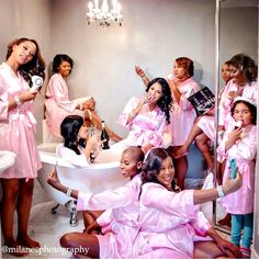 Nigerian Wedding Presents 10 Must-Have Glam Photos EVERY Bride Should Take With Her Bridesmaids on The Morning of Her Wedding