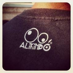 Camiseta #alikindo