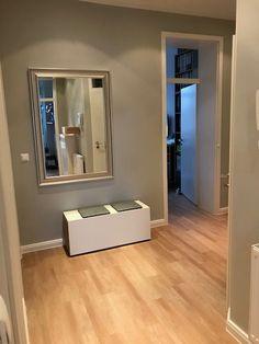 Schuhbank Mortimer, ein tolles Bild vom Kunden #schuhregal #schuhkippe #minimalismus #stauraum #flur #schönerwohnen #skandinavischesdesign #andreasjanson #möbel #einrichten #lessismore #schlicht #schuhe #instahome #interiör #einrichtung #loftstyle #design #grafisch #minimalism #cozyhome #livingroom #vitra #interiorandhome ##interiorblogger #germaninteriorbloggers #innenarchitektur #furnitureonline