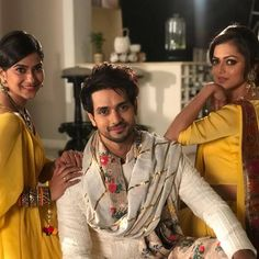 Mauli comes out of bath and asks Kunal why he sat so lost. Kunal smiles back and says he was a little drained because of a hectic day, he will be fine after a shower. Mauli kiss his cheek saying he… Tv Actors, Actors & Actresses, Shakti Arora, Vivian Dsena, Aditi Sharma, Truth And Dare, Drashti Dhami, Celebs, Celebrities
