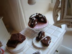 Baking with chocolate 1:12