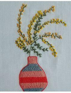 #littlestitchesportugal #handembroidery #embroidery #ricamoamano #broderiemain #bordado #bordadoamão #needlework #needleart #needlepoint # frenchknot #nófraçês #mimosas