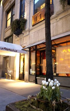 La Grenouille, French restaurant in Midtown East NYC--sole and a wonderful souffle. Where on earth is lunch better?