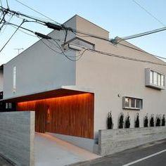 北側外観 Amazing Architecture, Architecture Design, Exterior Design, Interior And Exterior, Garage House, Japanese House, Exterior Lighting, Ideal Home, Facade