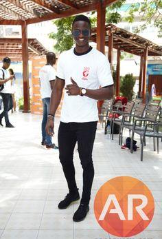 Divulgada lista dos candidatos a Mister Angola 2017 https://angorussia.com/lifestyle/beleza/divulgada-lista-dos-candidatos-a-mister-angola-2017/