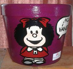 Maceta Mafalda (violeta) con saludo 2