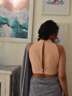 Saree Blouse Neck Designs, Fancy Blouse Designs, Saree Jacket Designs, Cotton Saree Blouse, Sleeveless Blouse, Saree Jackets, Blouse Styles, Kurti Styles, Stylish Blouse Design