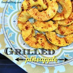 How to grill pineapple - delicious and easy! Grilling Recipes, Paleo Recipes, Real Food Recipes, Steak Recipes, Healthy Snacks, Healthy Eating, Good Food, Yummy Food, It Goes On