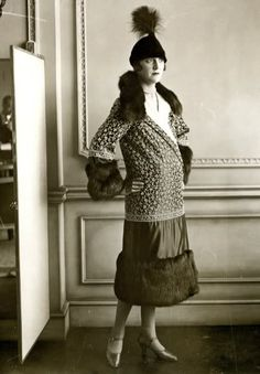 The hat makes the outfit. #vintage #fashion #1920s