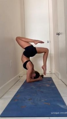 Dance Workout Videos, Dancer Workout, Gymnastics Workout, Yoga Videos, Ballerina Workout, Gymnastics Stretches, Gymnastics Poses, Gym Workout For Beginners, Gym Workout Tips