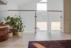 Aula ennen ja jälkeen - remontin tulos  Renovation, my home. Remontti, yläkerta, lasikaide, puulattia, wooden floors