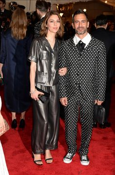 Sofia Coppola in Marc Jacobs en Marc Jacobs in Comme des Garcons