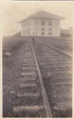 Vintage train railway Panama canal 1919 train station RPPC postcard Country Names, Panama Canal, Beautiful Places In The World, Interesting History, Train Station, Seas, Destiny, Trains, Fortaleza