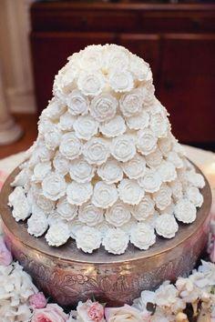 Wedding cake cool