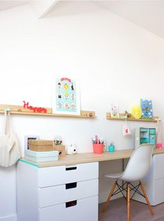 bureau ikea stuva children's art area, IKEA hacks for kids, colourful desk.