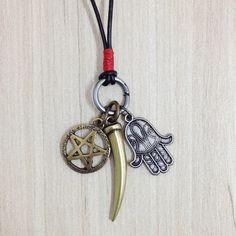 Colar Masculino couro Estrela de Davi e Hamsa. Mens neckalace leather bracelets pulseiras moda style fashion rua estilo