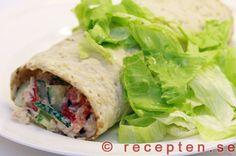 Tonfiskrulle - Ett recept på tonfiskrulle - en god tunnbrödsrulle med tonfisk, crème fraiche, gurka, paprika, sallad. Gott, enkelt och nyttigt.