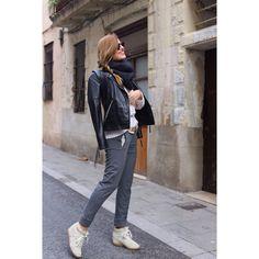 In love con el look de @silviaboschblog con nuestros #joggingpants! #orelsebarcelona #fashionblogger #moda #style