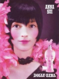 Anna Sui Dolly Girl EDT 75 ml  ❤️ราคาพิเศษ 2050 บาท❤️ ฟรีค่าส่ง EMS  กลิ่นหอมหวานของผลไม้ และมวลดอกไม้นานาชนิด Fruity Floral หอมหวาน น่ารักและโรแมนติก ⛈ชวนให้หลงใหล  เหมาะกับผู้หญิงวัยสดใส  น่ารักมีเสน่ห์ในตัวเอง และดีไซน์ขวดออกแนวหวานแหวว น่าใช้ สีชมพู เก๋ไม่ซ้ำใคร จึงทำให้เป็นน้ำหอมที่ขายดีมากที่สุด ของ Anna Sui Dolly Girl  ติดต่อสอบถามทาง Inbox  Line ID : AdamEva.gallery  Tel : 094-846-9415 #annasui #dollygirl #annasuidollygirl #perfume