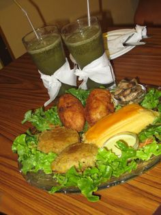 Agroecological food in the Manso Boutique Hotel in Guayaquil, Ecuador.  Limonada de hierbabuena, muchitos, humitas y patacones.  Follow us on Facebook: www.fb.com/placeok