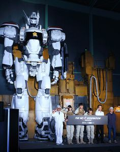 """New photos and cast for upcoming Patlabor """"The Next Generation"""" japanese live action feature film and series helmed by Mamoru Oshii."""