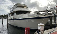 Charter Yacht The Entertainer