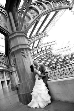 Chapel of the Flowers | Las Vegas Wedding Chapel | Vegas Chapels | Las Vegas Wedding Photography #lasvegas #wedding #weddingphotography #lasvegaswedding #vegaswedding #destinationwedding #vegaschapel #vegaselopement #renewalofvows #chapeloftheflowers #littlechapel www.littlechapel.com