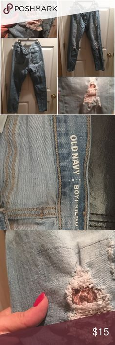 Old Navy Boyfriend skinny jeans Sz 12 regular Old Navy Boyfriend skinny jeans Sz 12 regular. Wore a few times before losing a lot of weight. Comes from smoke free home Old Navy Pants Skinny