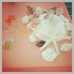 My shell table decorations. My wedding in Greece. Greece Wedding, Big Day, Shell, Table Decorations, Wedding In Greece, Conch, Dinner Table Decorations, Bookshelves, Seashells