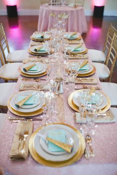 Romantic wedding decor idea for wedding reception - table decor in gold, white and turquoise