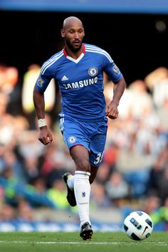 Don't Play Football Without Reading This First! Like many people, you may really enjoy football. What level of football player do you wish to be? Fc Chelsea, Chelsea Football, Premier Liga, Nicolas Anelka, Fc 1, Raquel Welch, West London, Football Players, Blues
