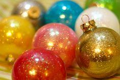 DIY, ornament, holiday, sparkle, glitter, clear glass ornament, future floor wax
