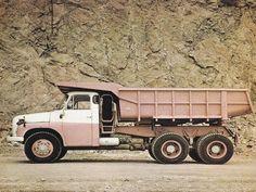Tatra T148 /1972–1982/ - 113 647 ks