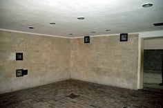 Dauchu Concentration Camp  Gas Chamber