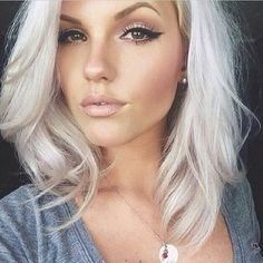 31 Gorgeous Reasons To Go Platinum Blond Right Now, I love this. considering a short haircut..