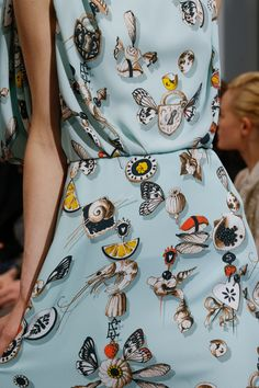 See detail photos for Schiaparelli Spring 2016 Couture collection.