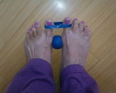 Bunion treatment with MELT Health Remedies, Home Remedies, Bunion Remedies, Melt Method, Health Tips, Health And Wellness, Foot Exercises, Bunion Exercises, Fitness Diet
