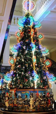 Dolce&Gabbana Sicilian Christmas Tree