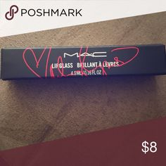 Mac Lipgloss in Viva Glam Miley Cyrus 2 Miley Cyrus is BACK with a BAM! Iconic VIVA GLAM spokesperson has a new surefire hit: a lipgloss with a sparkling pearl shimmer. MAC Cosmetics Makeup Lip Balm & Gloss